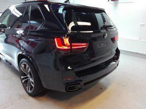 BMW X5 M polijsten en glascoating lakherstel lakverzegeling interieur en exterieur reiniging